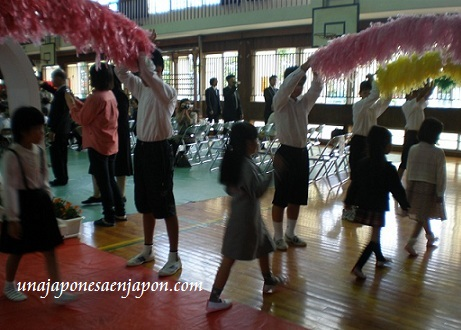ceremonia entrada escuela primaria japon