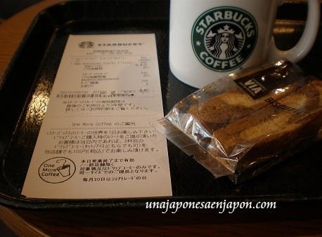 starbucks japon segunda taza de cafe una japonesa en japon