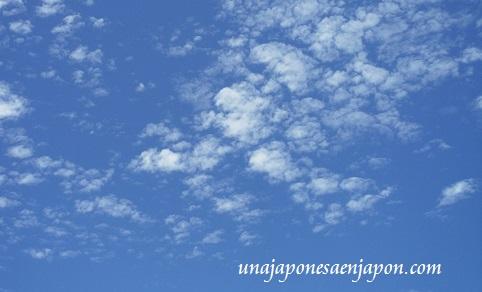 cielo de okinawa japon
