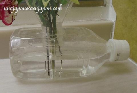 florero botella plastico reciclaje okinawa japon 1