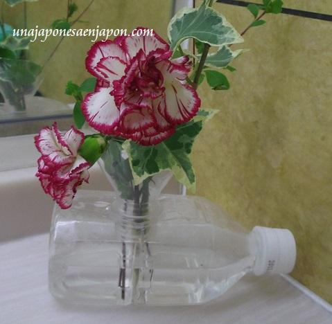 florero botella plastico reciclaje  okinawa japon 3