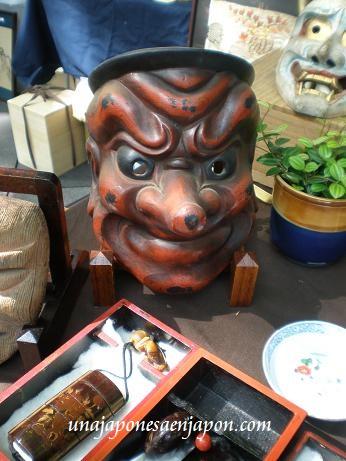 mercadillo-de-antiguedades-tokyo-forum-yurakucho-tokyo-japon