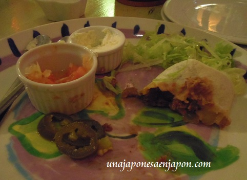 borrachos restaurante okinawa japon 10