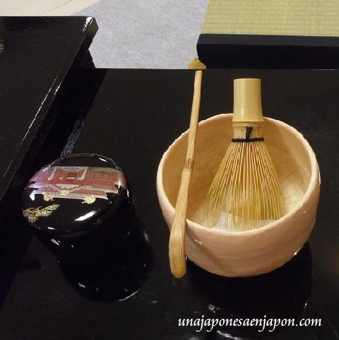 ceremonia de te matcha okinawa japon