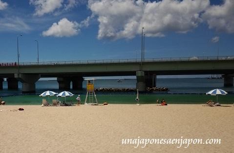 verano-2014-playa-okinawa-japon