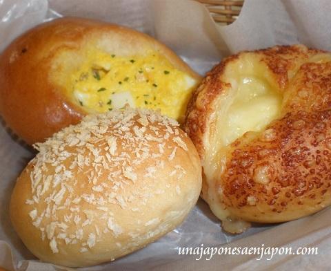 merienda-tea-time-oyatsu-pan-panaderia-okinawa-japon