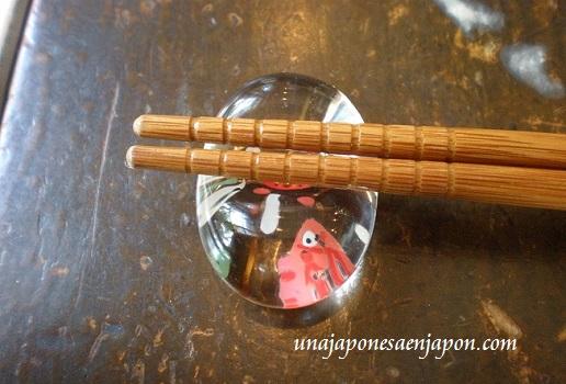 hashioki-reposa-palillos-soporte-japon