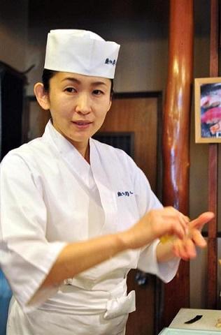 mujeres chef de sushi itamae japon 3