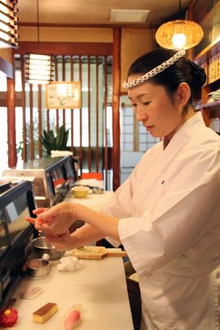 mujeres chef de sushi itamae japon