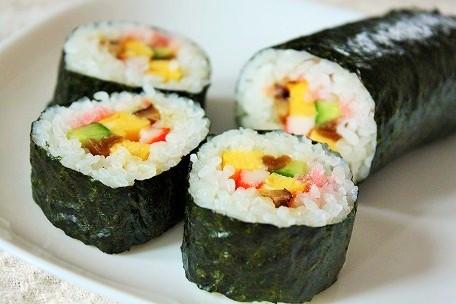 sushi-maki-zushi-tradicional-japon