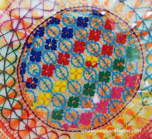 encaje-nanduti-tela-de-arana-artesania-paraguay-en-japon