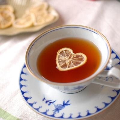 te-con-limon-con-forma-de-corazon-japon