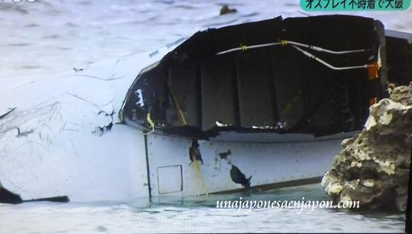 accidente-osprey-aeronave-militar-base-futenma-eeuu-okinawa-japon-6