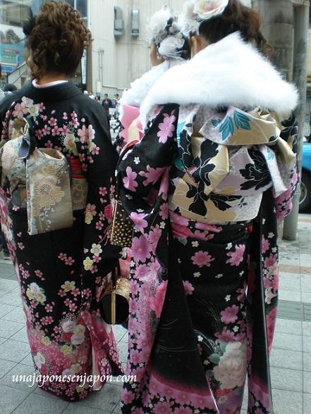 dia-mayoria-de-edad-seijinshiki-okinawa-japon