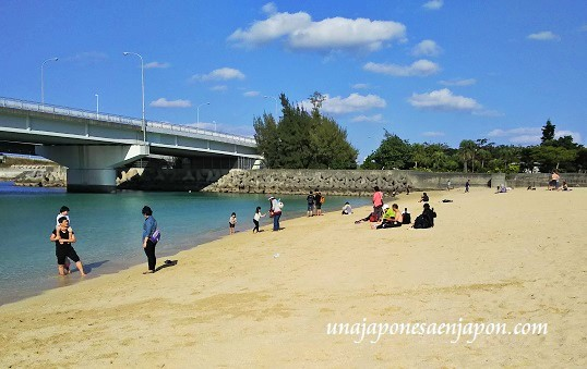 hatsumode-playa-okinawa-japon